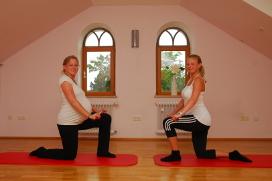 step-fit-in-der-schwangerschaft-am-abend